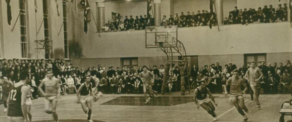 c3d9f42a В котором, играли Олимпийские чемпионы, чемпионы Мира и Европы, в котором  выросли поколения харьковских баскетболистов